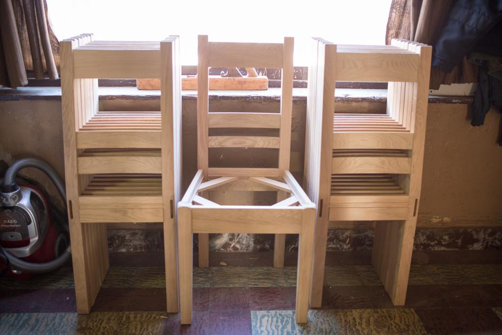 Réparation et assemblage de chaise